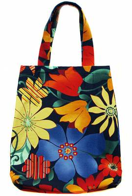 Большая яркая молодежная сумка-мешок для лета.